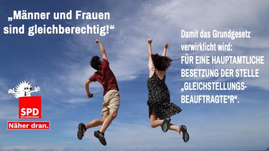 Mann und Frau machen einen Luftsprung