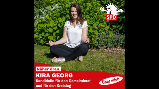 Kira Georg beim Meditieren